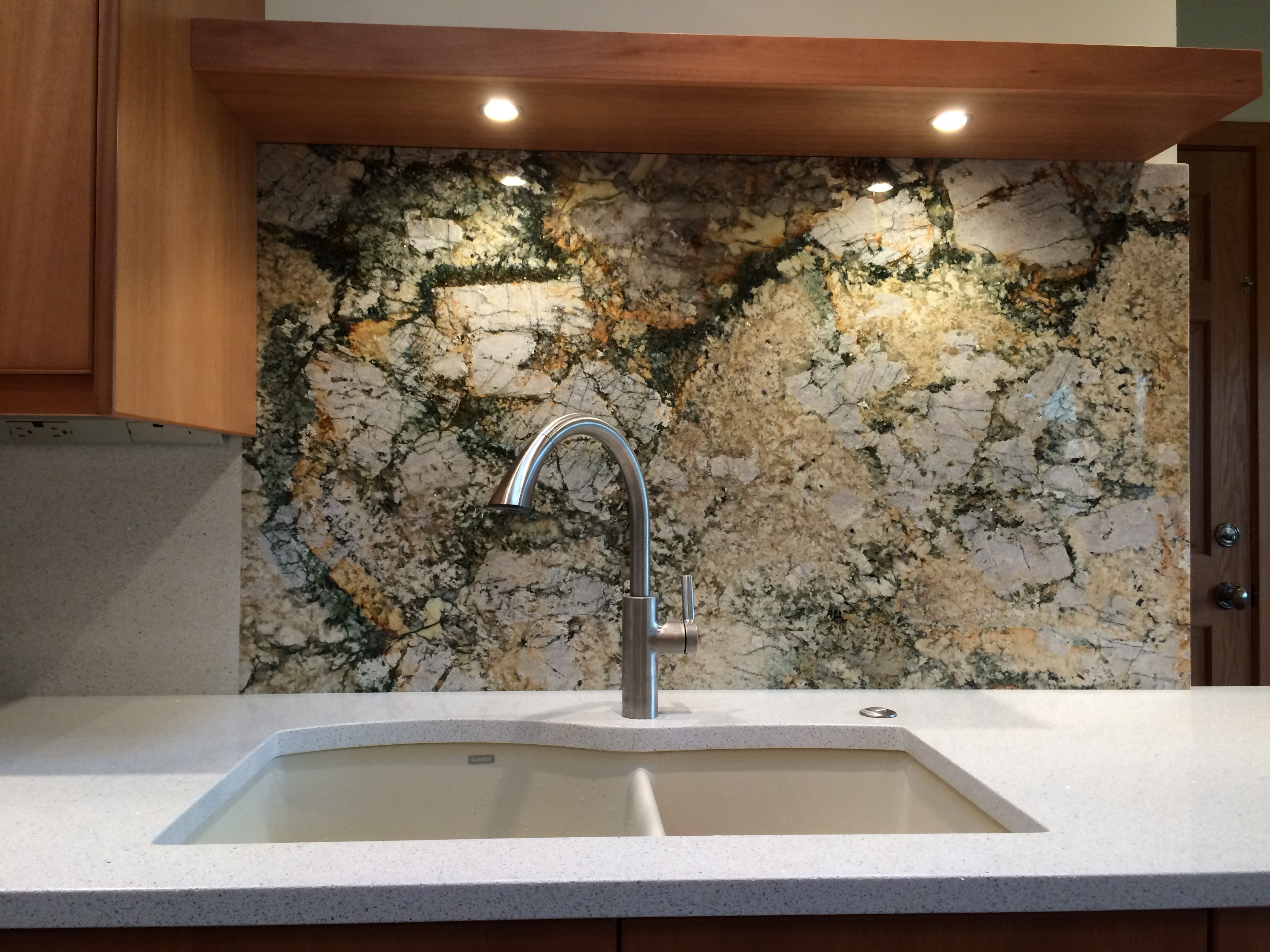 Aquarella Polished 3cm Granite Slab